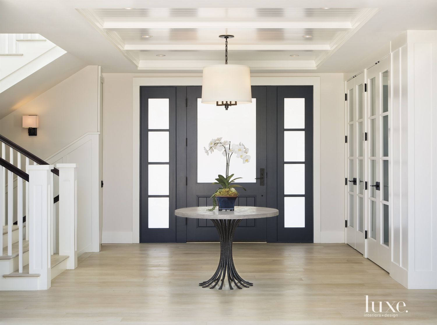 Traditional White L-Shaped Courtyard | LuxeSource | Luxe Magazine ...