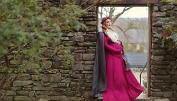 Photo of A Whimsical Plus Size Maternity Photo Shoot You Have to See!