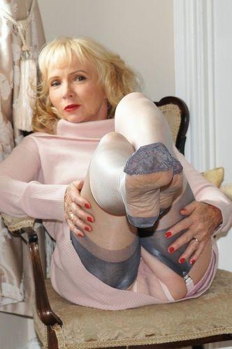 Fetish stocking nylon sue not