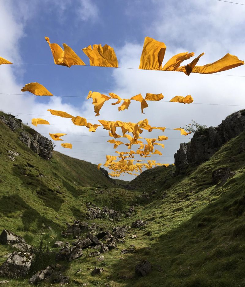 Installation art by Steve Messam at DesignInspiration blog