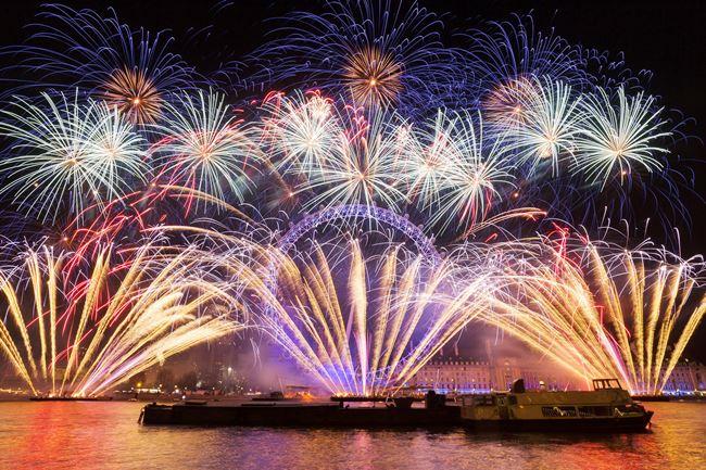 Christmas Fireworks Southbank 2019 Fireworks, Christmas