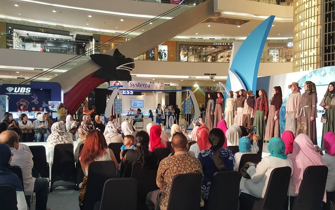 SPORTOURISM Pemprov DKI Jakarta Mengeksploitasi Wisata