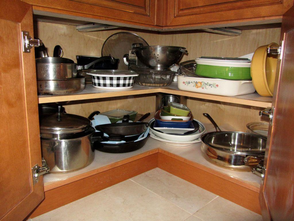 Clever L Shaped Easy Reach Base Cabinet Blubird Gardenweb 1 2 3 3