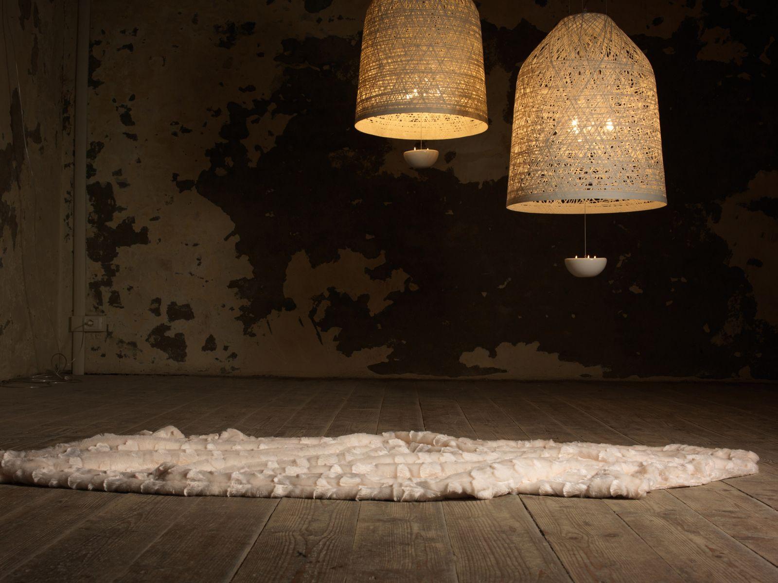 Blackout lampada a sospensione in inside out