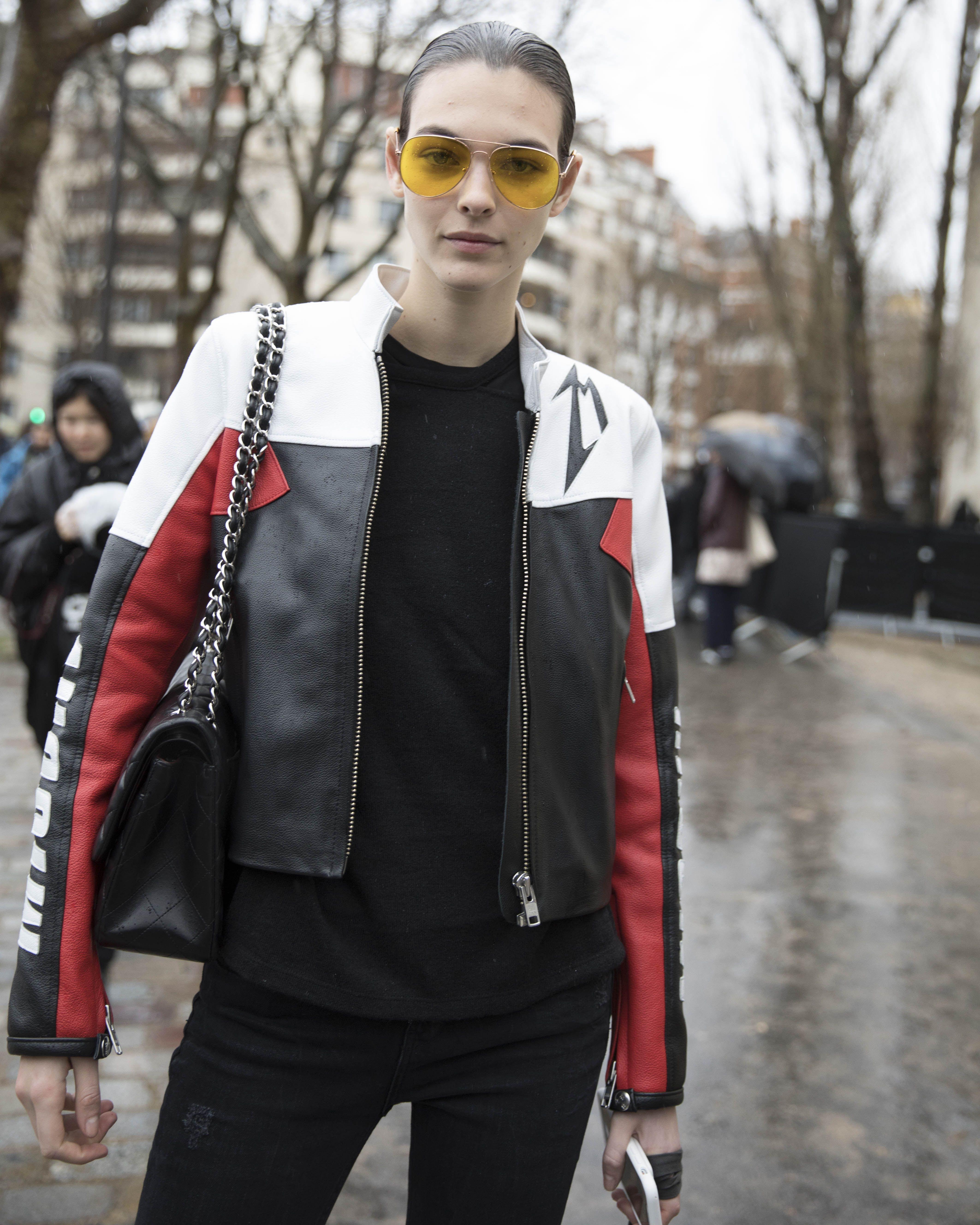 Street style, PFW, inverno 2018: dia 5 - Vogue | Streetstyle