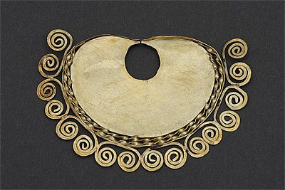 Peru ~ North Coast | Nose ornament; gold, rolling, filigree soldering |  Sicán-Lambayeque culture | 750 - 1375 AD