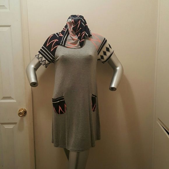 Chic beach top New rayon and spandex material, grey color with Multi color designs. Dresses Midi