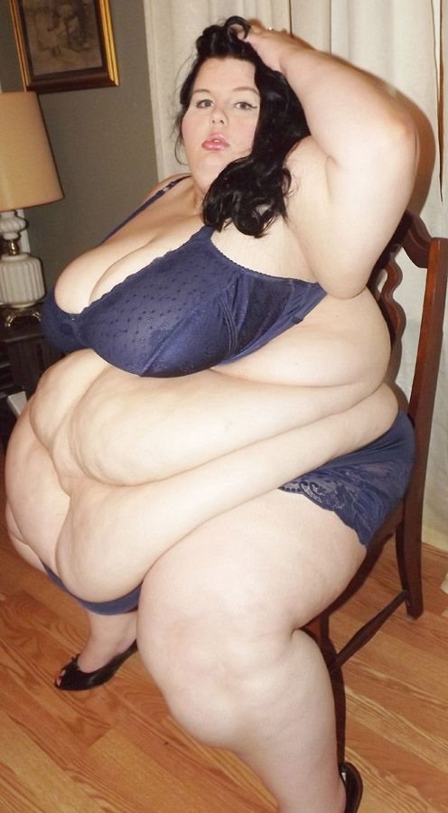 This Is Ssbbw Victoria, An Amazing Extra Large Girl With -2606