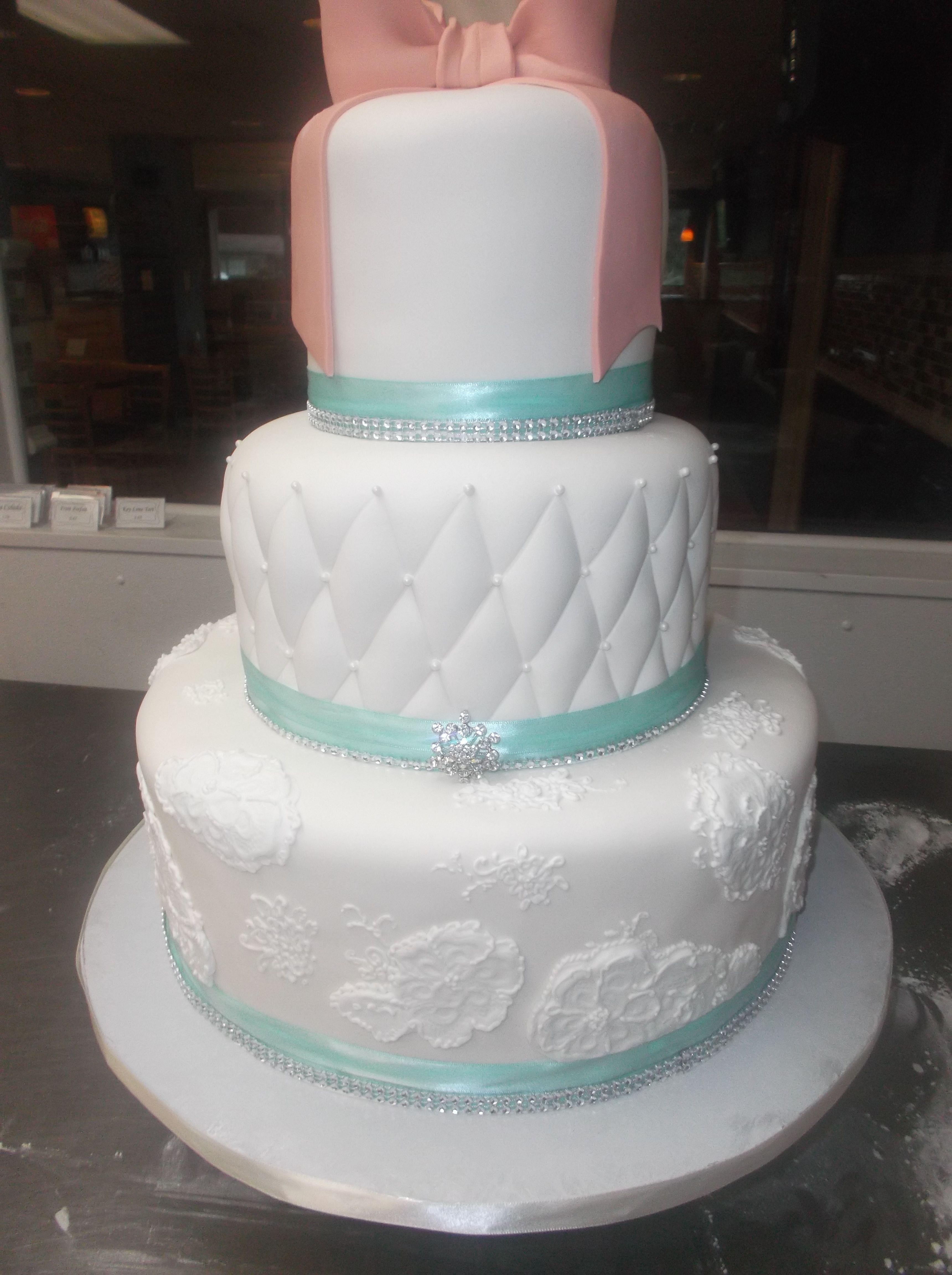 Aqua Bling And A Little Peach Bakery Cakessibakeriespeachwedding