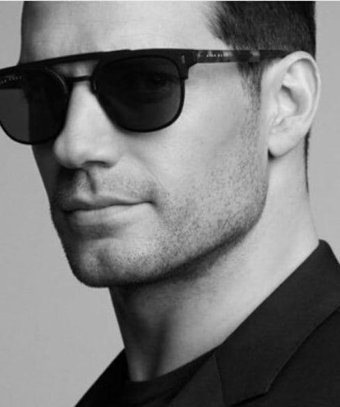 Senhoras e senhores,  HenryCavill para a linha de óculos Hugo Boss Eyewear  📷por Paul Wetherell!!!  GarciaCompanies  hugoboss smr  HenryCavill   HUGOBOSS c848e1b979