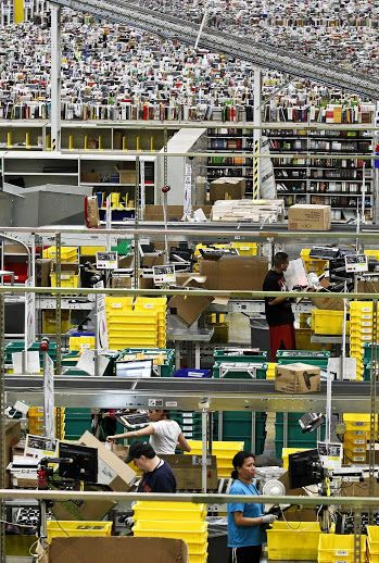 What It Looks Like Inside Amazon Warehouse Solutions Amazon