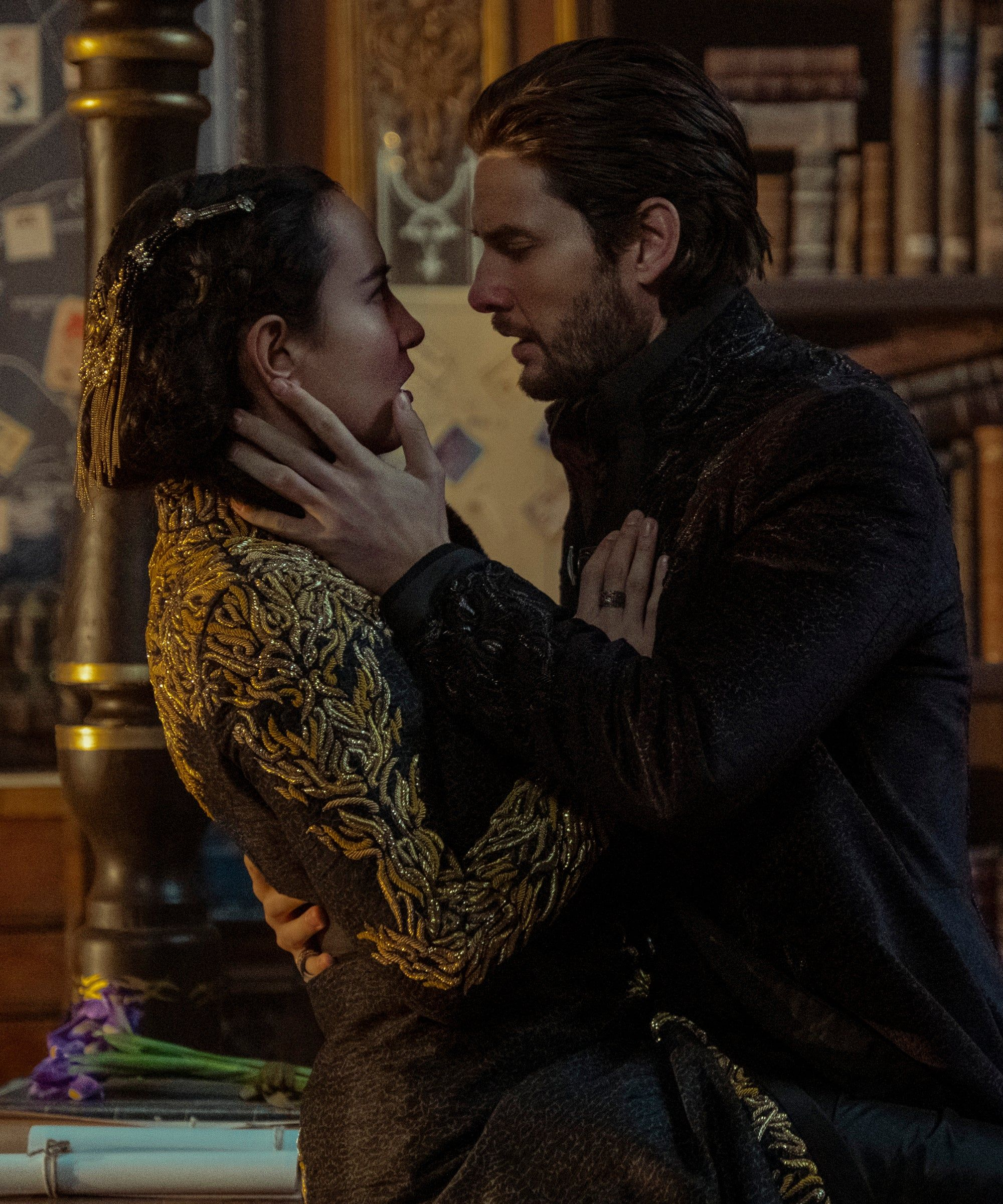 """15 Shows Like """"Shadow & Bone"""" To Try Now That You've Caught The Fantasy Bug"""