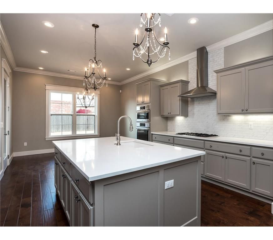 Best Transitional Kitchen With Gray Cabinets White Quartz 400 x 300