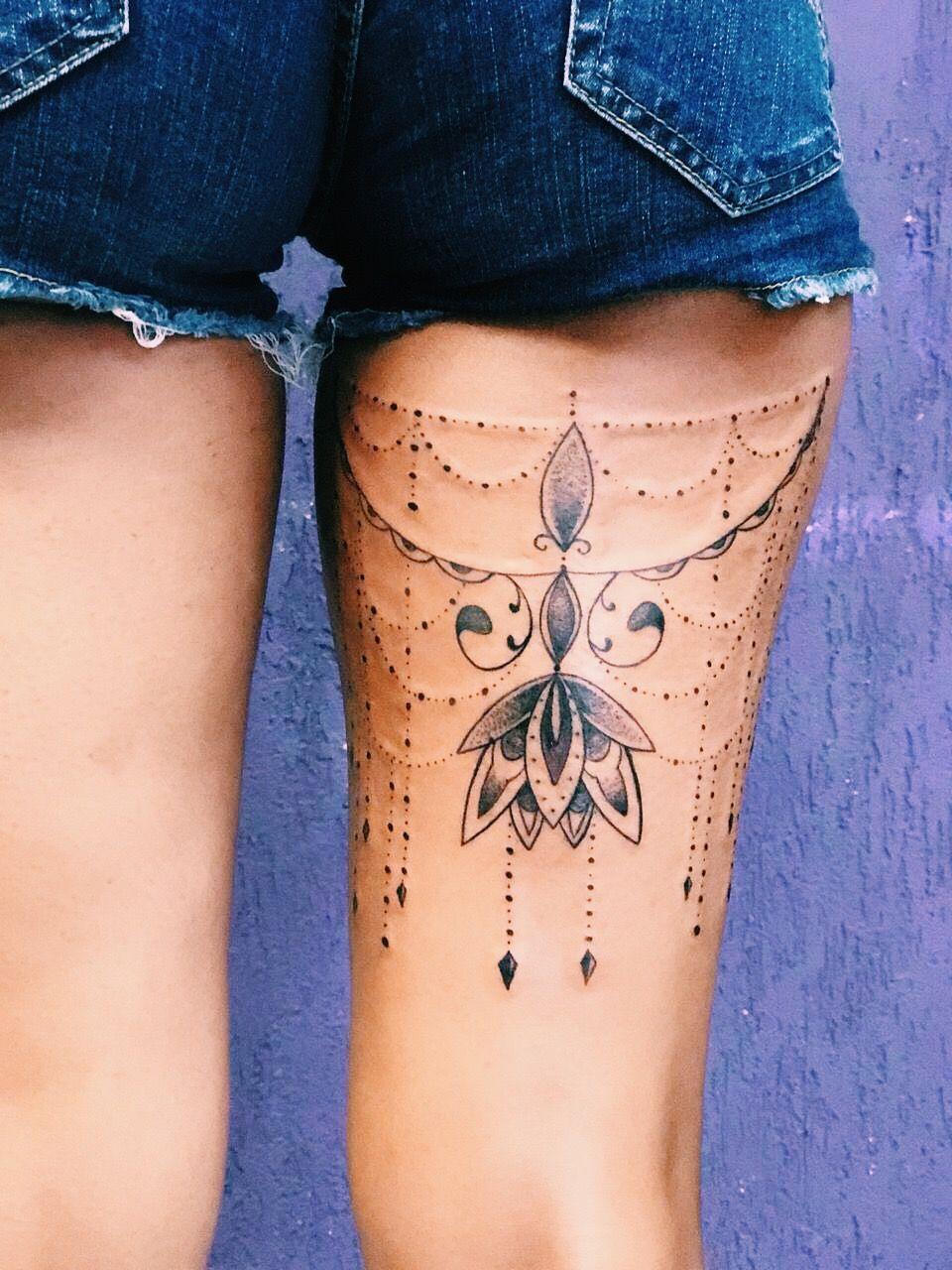 Tattoo Tatuagemfeminina Ink Ornamentaltattoo Back Of