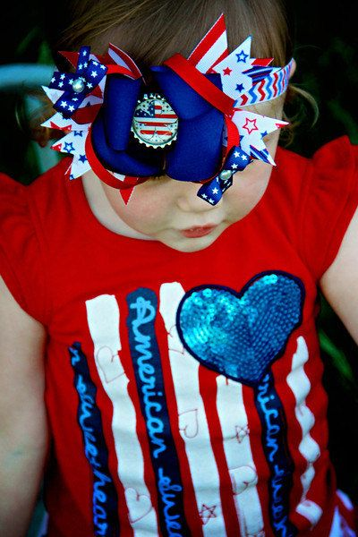 4th of July Bottle Cap BowIncludes Elastic by threepeasboutique, $7.50