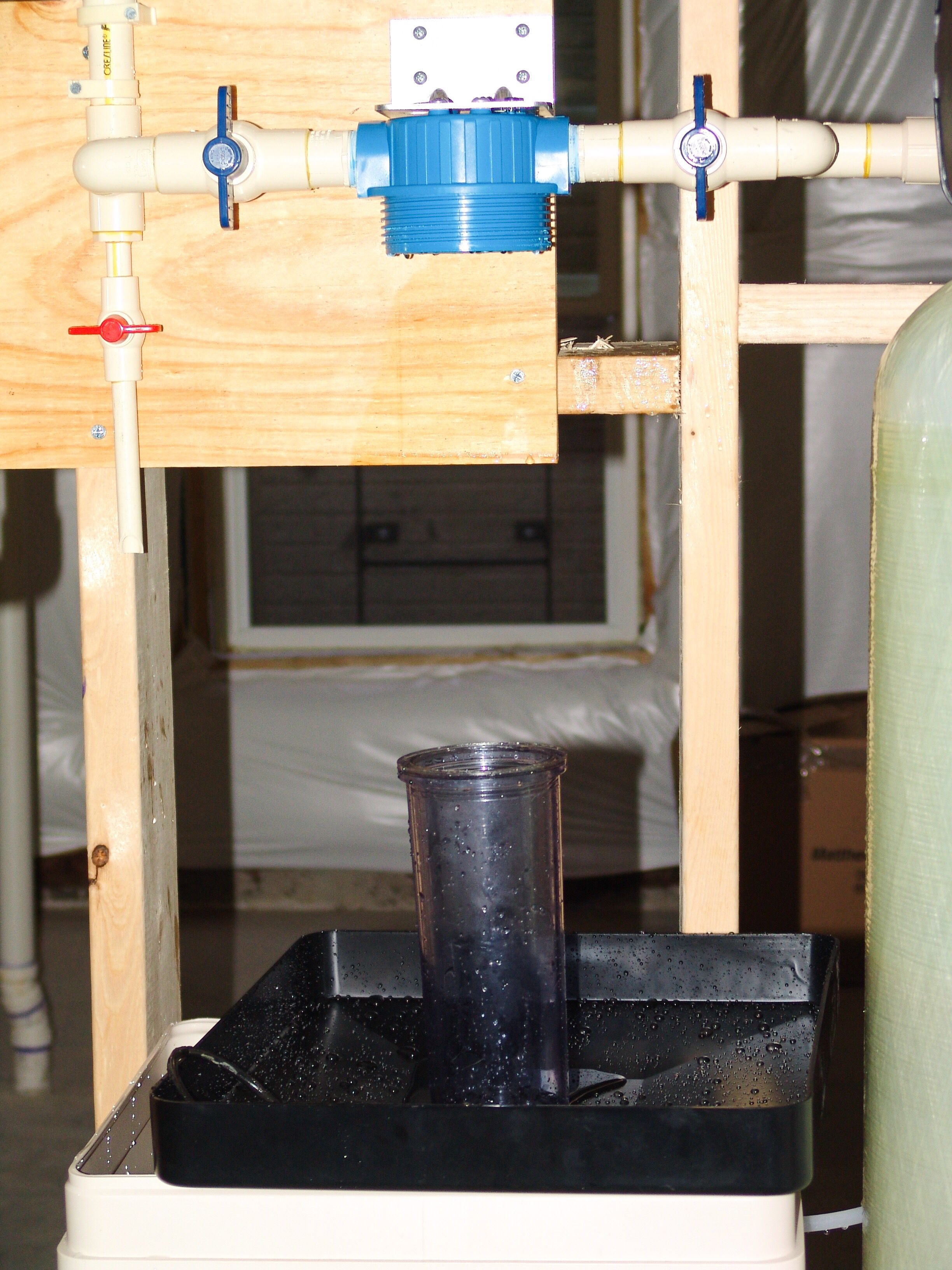 Changing Sediment Filter Water Treatment Turbidity Well Pump