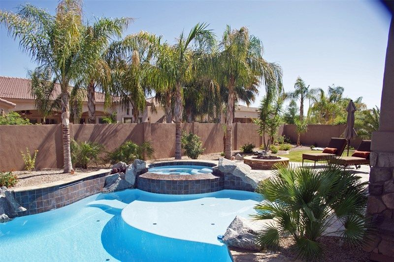 Desert Pool Phoenix Landscaping Alexon Design Group Gilbert Az Backyard Pool Pool Landscape Design Pool Landscaping