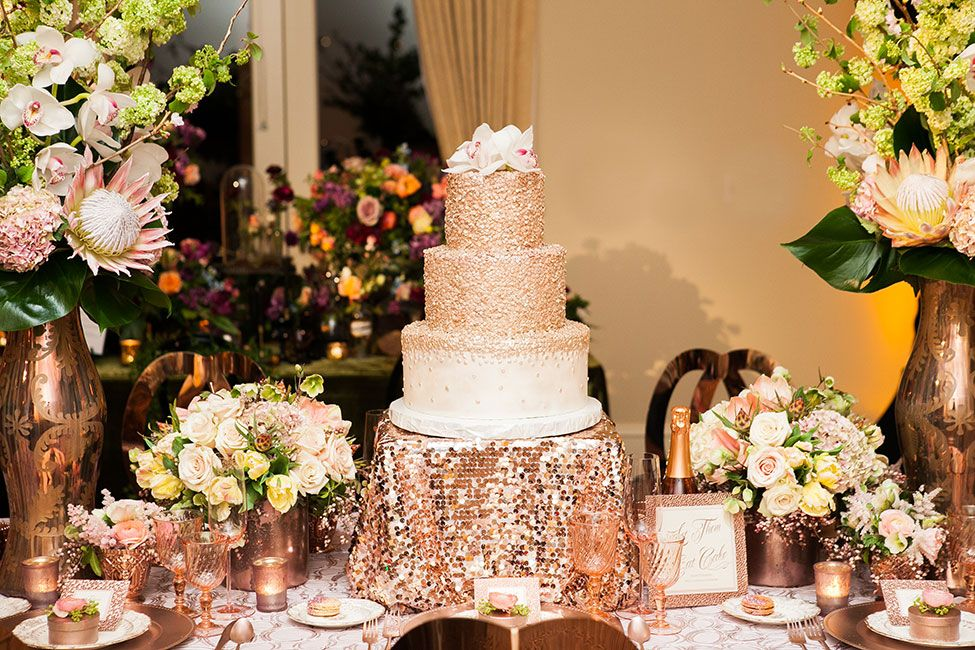 rose gold wedding cake table gold wedding confetti wedding cake cakes by 19296