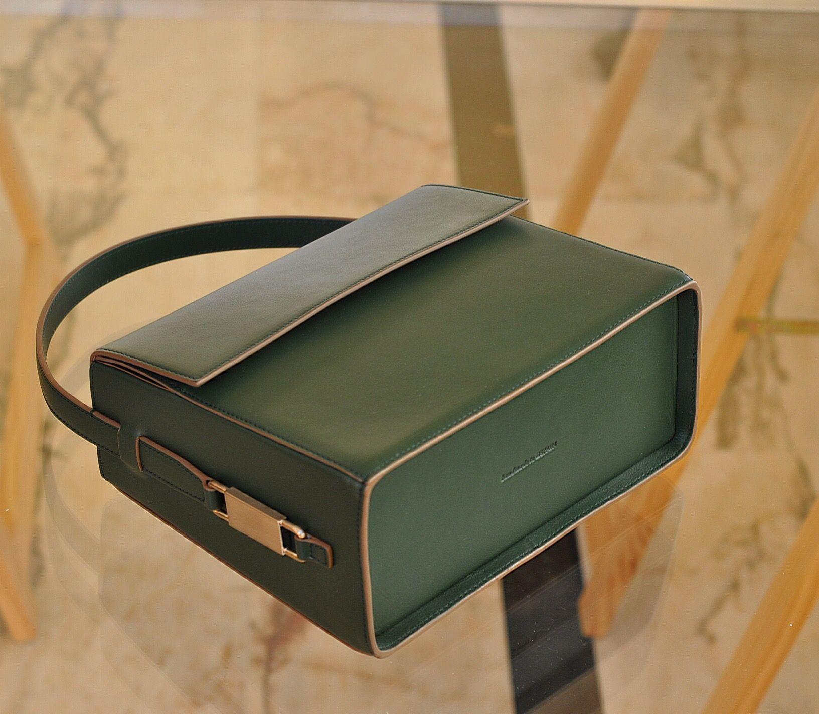 Sweet Lovely Valentine Green Lautem Design Handbag Www Lautemshop Com Leather Handbags Leather Bags Designer Fashion