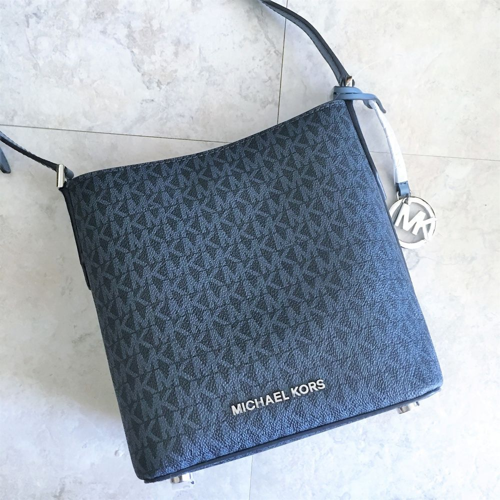 5f32ec368e55 Michael Kors Bucket Bag Kimberly Messenger Admiral Navy Signature Blue  Print NWT #MichaelKors #Crossbody