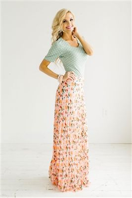 5104b3f97d5 84 Maxi Skirt Outfits That You Should Know - Fashiotopia