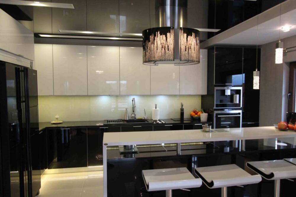 Bialo Czarna Lakierowana Kuchnia Z Wyspa Home Decor Decor Home