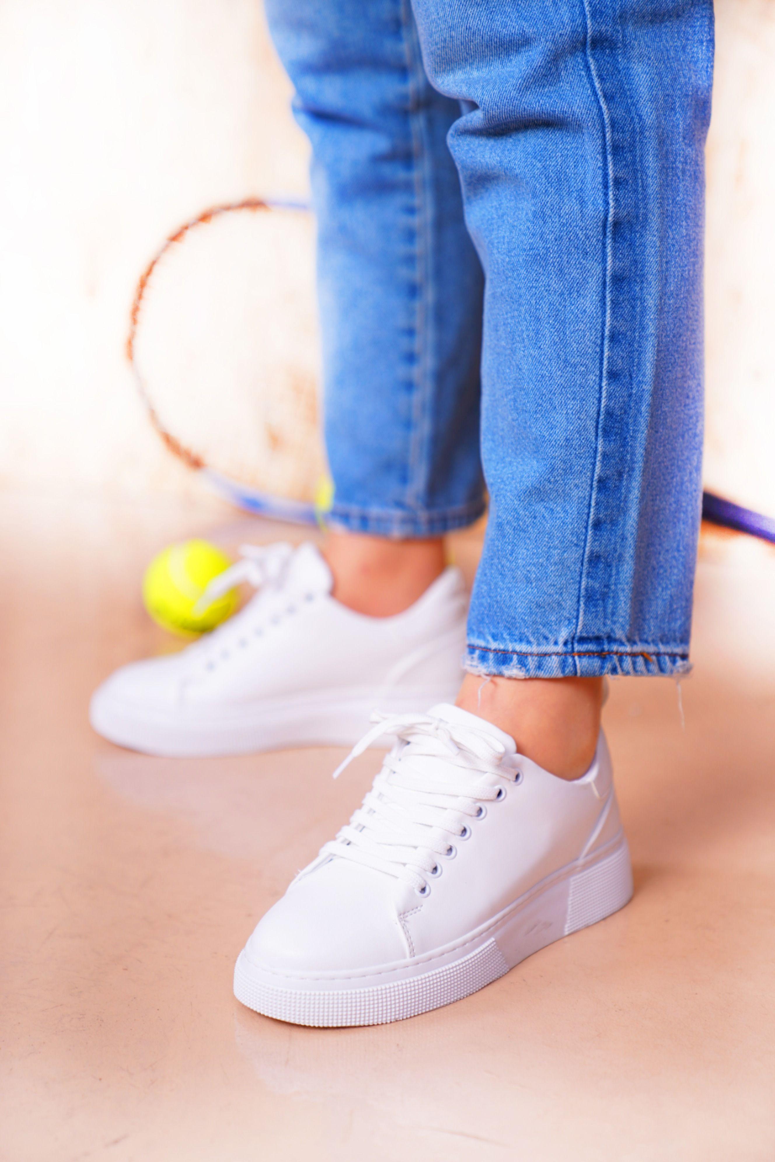 Bayan Beyaz Spor Ayakkabi 2020 Ayakkabilar Spor Ayakabilar Spor