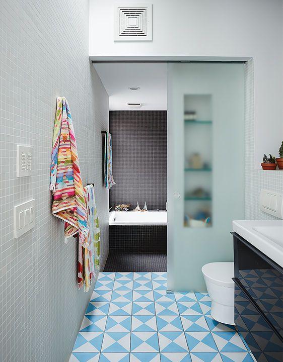 practical_magic-brooklyn-renocation-bathroom-sliding-glass-doorjpg