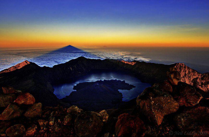 Lombok, volcanic island, Bali 