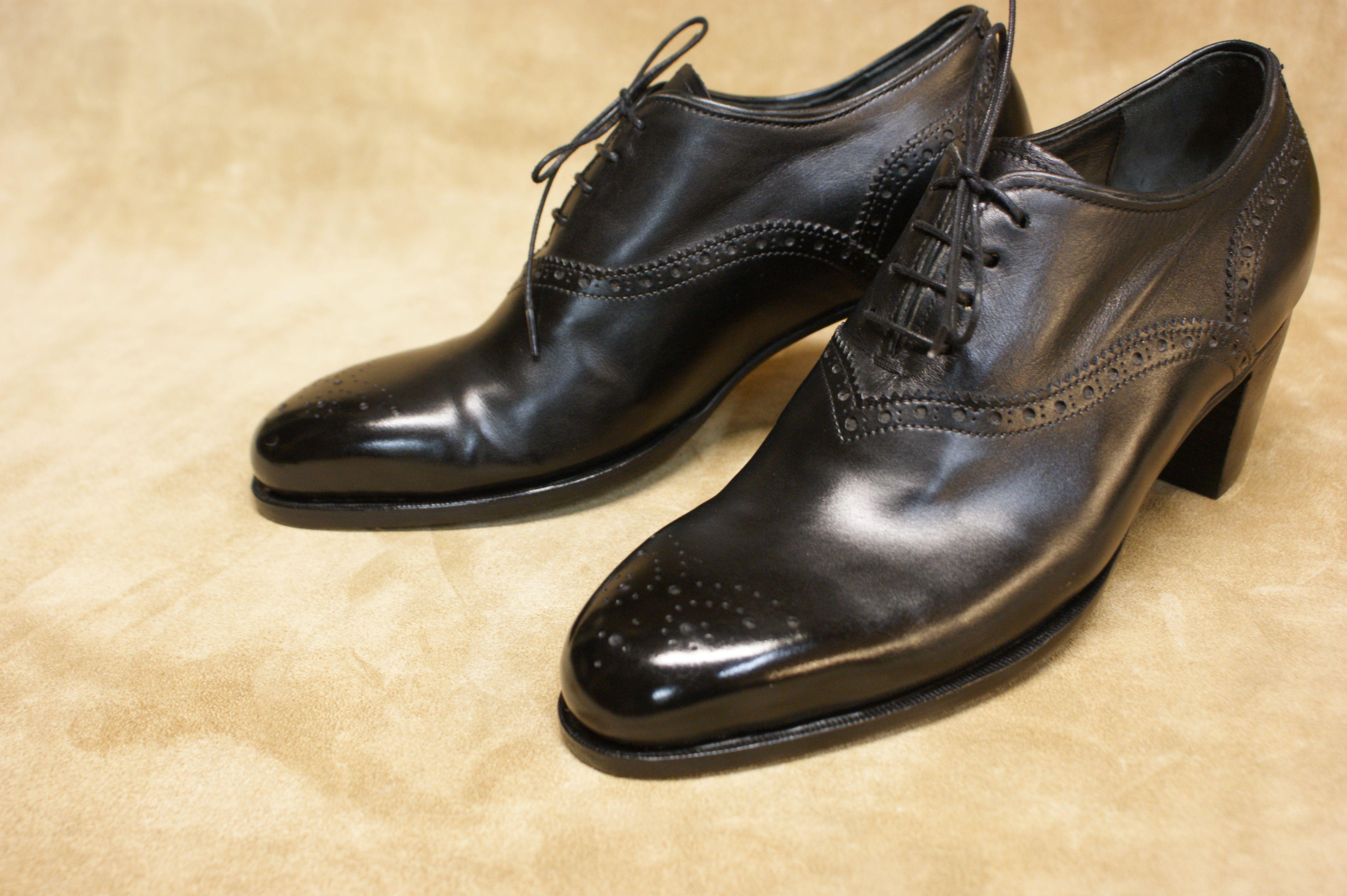 Schwarze #Schnürpumps, Damenschuhe nach Maß. Vickermann & Stoya #Maßschuhe aus #BadenBaden - Schuhmacher, Schuhreparaturen, Schuhmanufaktur
