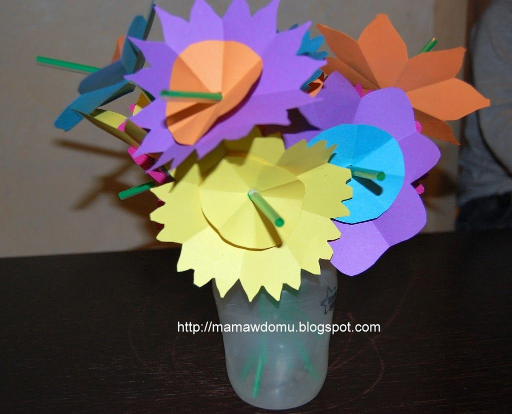25 Pomyslow Na Kwiatowe Diy Wykonaj Kwiaty Z Papieru Bibuly Balonow A Nawet Na Slodko Mama W Domu Gaming Logos Art Logos