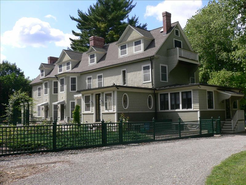 Grand Victorian Estate 7 Bdrm With Pool Sharon House Rental Victorian Homes Ideal Home