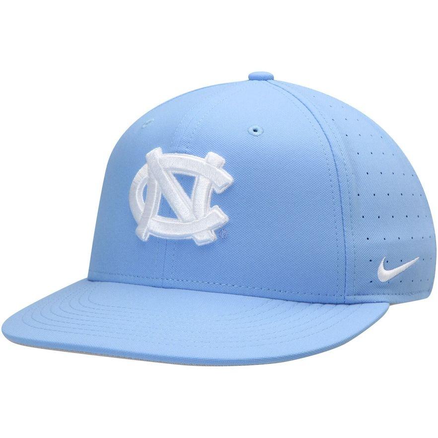 Men S Nike Carolina Blue North Carolina Tar Heels Aerobill Performance True Fitted Hat In 2021 North Carolina Tar Heels Tar Heels Fitted Hats