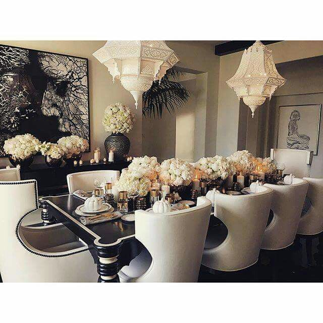 Khloe Kardashians Dining Room Homeinspiration