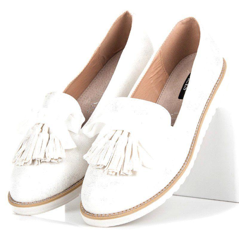 Mokasyny Damskie Vices Biale Zamszowe Lordsy Z Fredzlami Vices Flat Espadrille Shoes Espadrilles