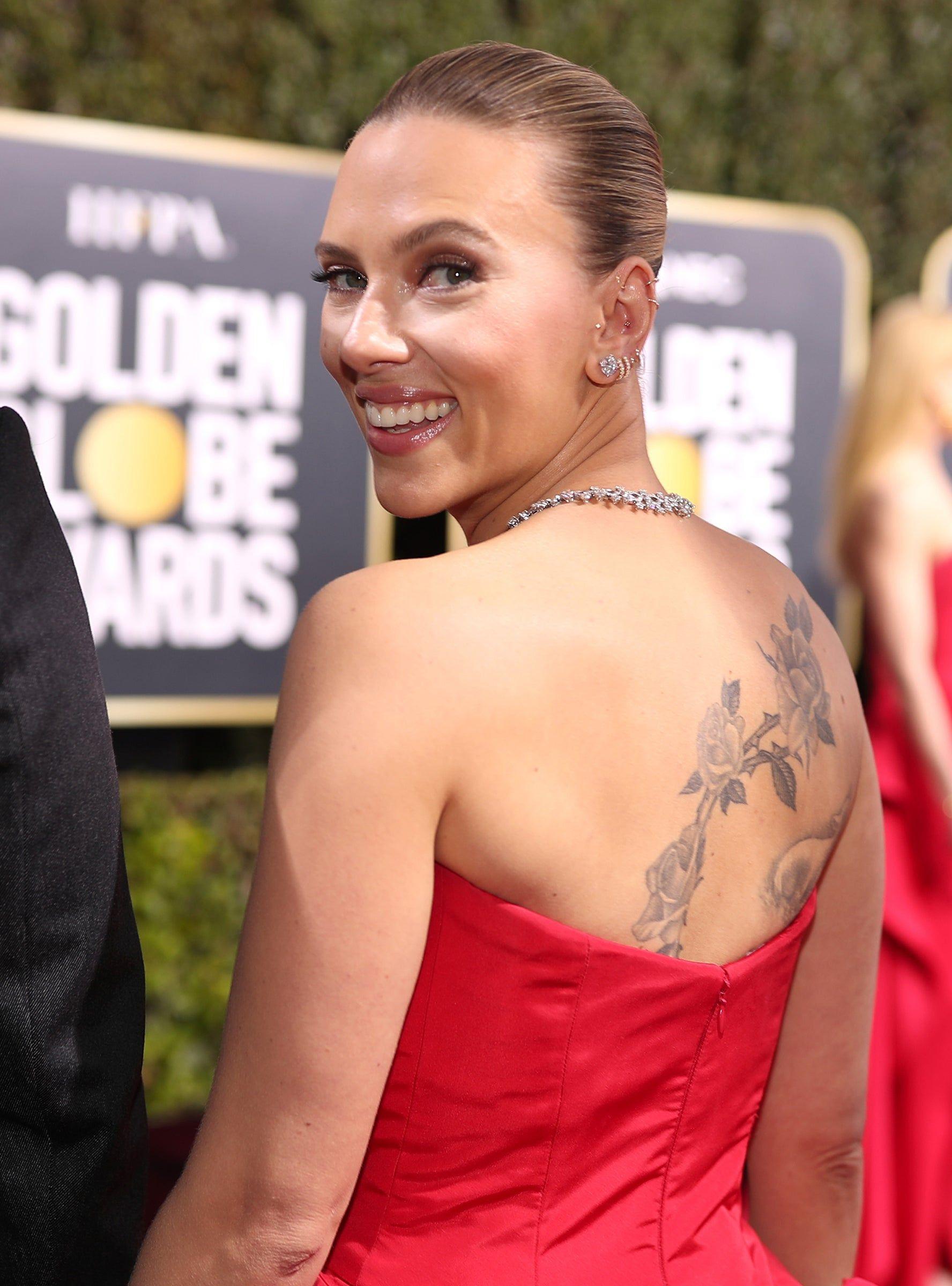 Scarlett Johansson's Golden Globes Look Puts Her Back Tattoo On ...