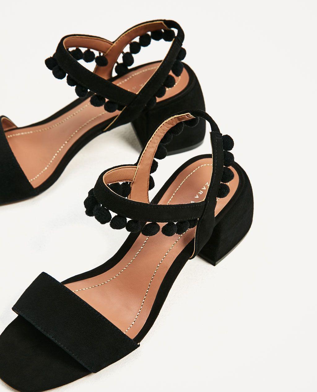 sandales À talons mi-hauts en cuir avec pompons-tout voir