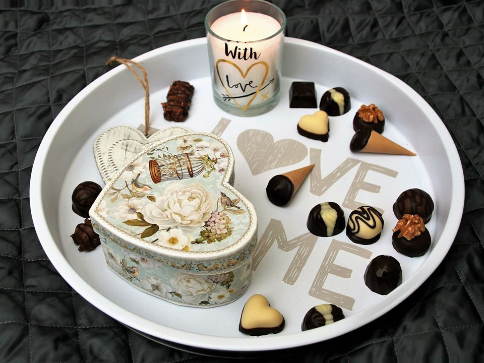 The White Day Is Going To Be Held On 3 14 In 2020 Happy Chocolate Day Chocolate Day Chocolate
