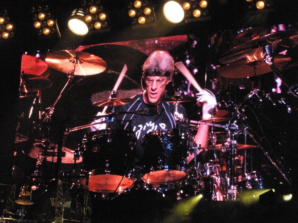 10 Great Stewart Copeland Drum Tracks Best Drums Drums Metal Bands