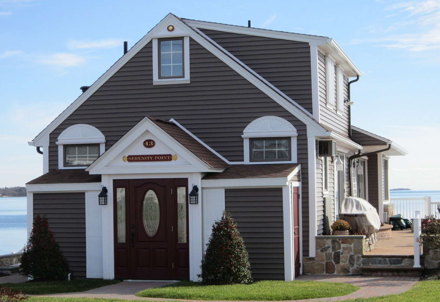 Home Exterior Colors Light Gray House With Mint Door Description From Pinterest Com I Searched For This On Bi Vinyl Siding House Siding Vinyl Siding Colors