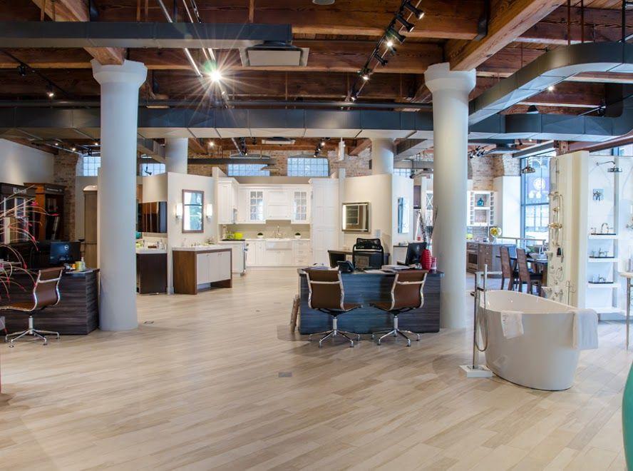 Studio 41 Chicago Google Search In 2020 Showroom Interior Design House Design Kitchen And Bath Design