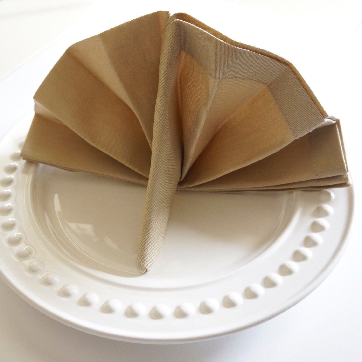 Thanksgiving turkey napkin fold is perfect in any napkin for How to fold napkins into turkeys