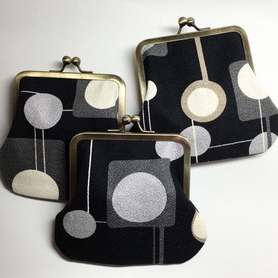 Kisslock Coin Purse  Barkcloth  Hi Fi by nicoleleedesigns on Etsy