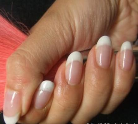 Oval shape nails look chic and trendy and they suit every type of ...