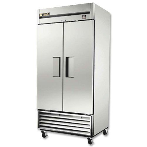 Commercial Freezer Stainless In And Out 2 Door 35 Cu Ft By True Manufacturing 3728 99 Conveniently St Locker Storage Commercial Freezer Home Appliances