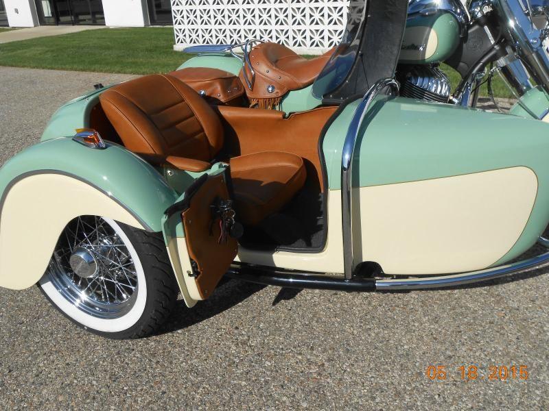 Indian Motorcycle & Hannigan Vintage Sidecar Door Open