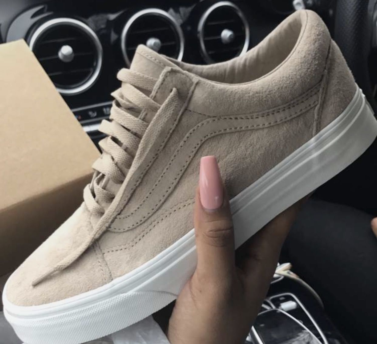 Tan Suede Vans, Nude Ljonesstyle  This, Not That  Vans -2943