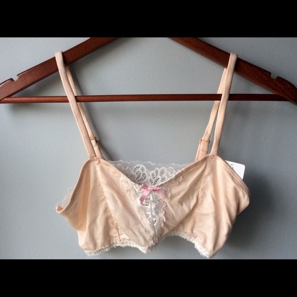 f6d09e089ab57 Honeydew Intimates Bralette Seashell Pink Medium This Bralette is in a soft  pink with beautiful cream