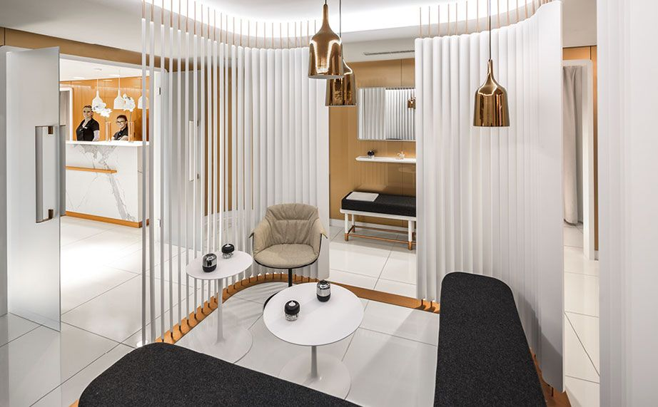 Centre Commercial Leclerc Krion Solid Surface Krion Salon Esthetique Centre Esthetique Cabinet D Architecture