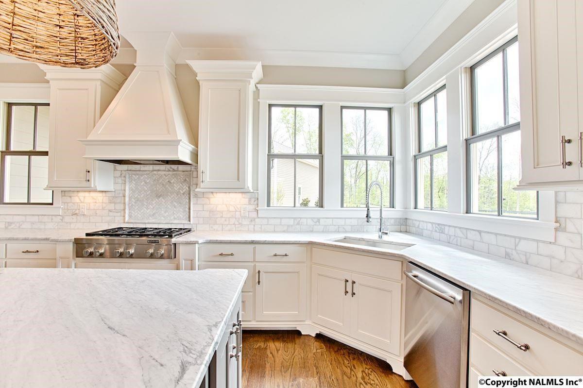 36 Hillcrest Avenue Huntsville Al 35806 Mls 1000968 Home Kitchens Home House